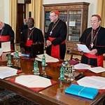 C8: último dia de reuniões com o Papa. Conclusões previstas para 2015