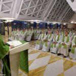 Francisco: o povo de Deus não perdoa sacerdotes apegados ao dinheiro