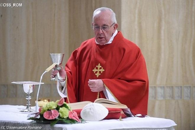 Clericalismo é um mal que afasta o povo da Igreja, afirma Papa