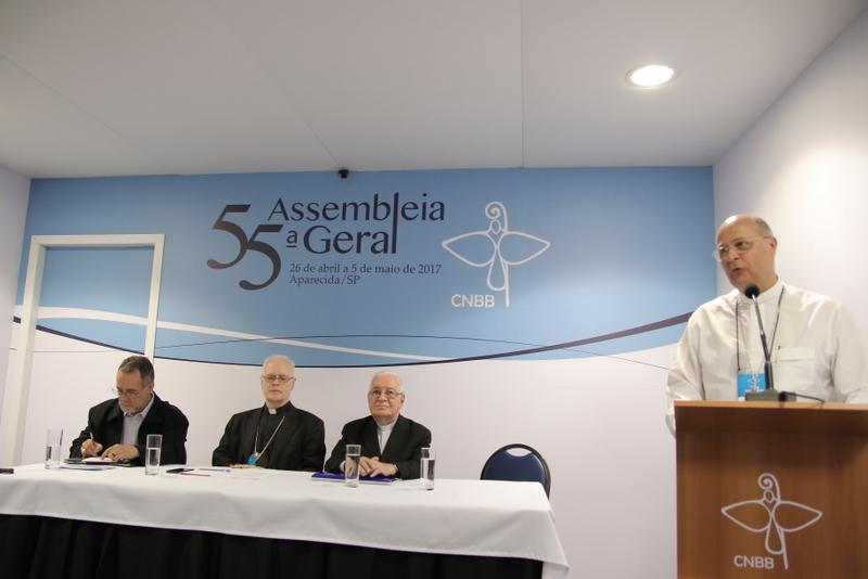 Bispos apresentam à imprensa pauta da 55ª Assembleia Geral da CNBB