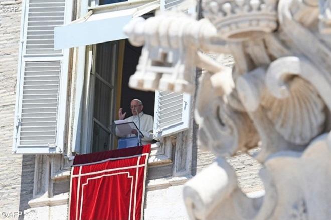 Ascensão de Jesus revela motivo da existência da Igreja, explica Papa