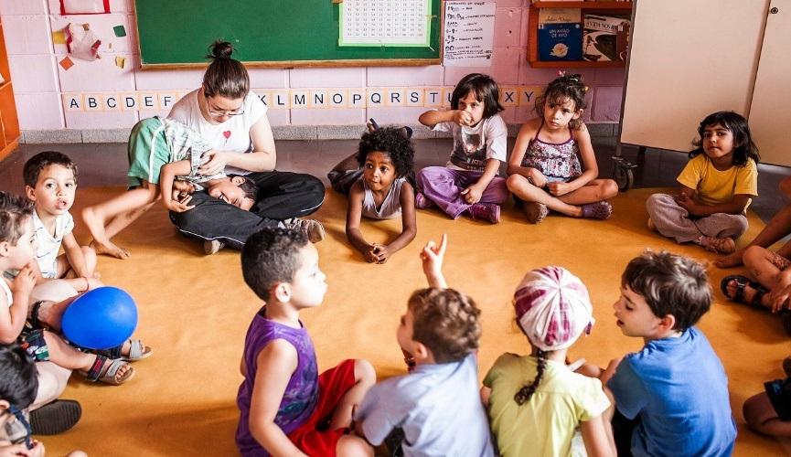 Pediatras orientam creches e escolas sobre uso de medicamentos