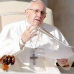 A Missa nos liberta da morte, do pecado e do medo, afirma o Papa Francisco