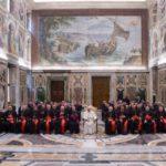 Papa: vida humana possui uma dignidade intangível