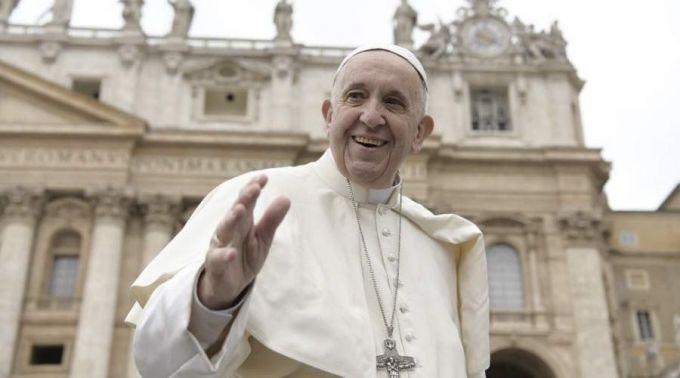 Papa inicia novo ciclo de catequeses sobre o Batismo: sinal de uma vida nova