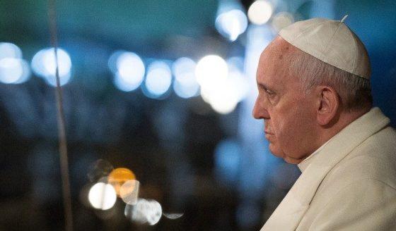 Abusos na Igreja: a carta do Papa aos fiéis