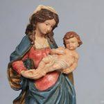 Maria é modelo de obediência, humanidade e maternidade