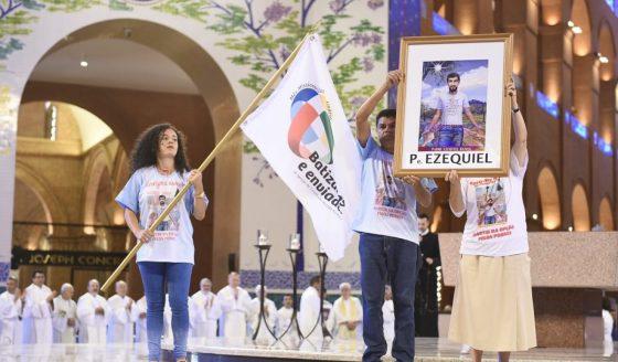 Em Aparecida (SP), Igreja no Brasil dá início ao Mês Missionário Extraordinário