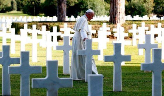 Papa celebra missa de Finados nas Catacumbas de Priscila, em Roma