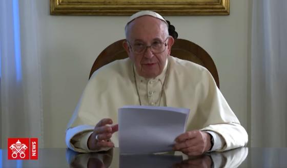 Papa: a morte é o abraço do Senhor a ser vivido com esperança