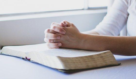 Guarde o medo, espalhe a santidade